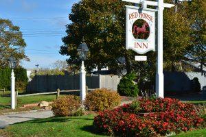 Red Horse Inn sign