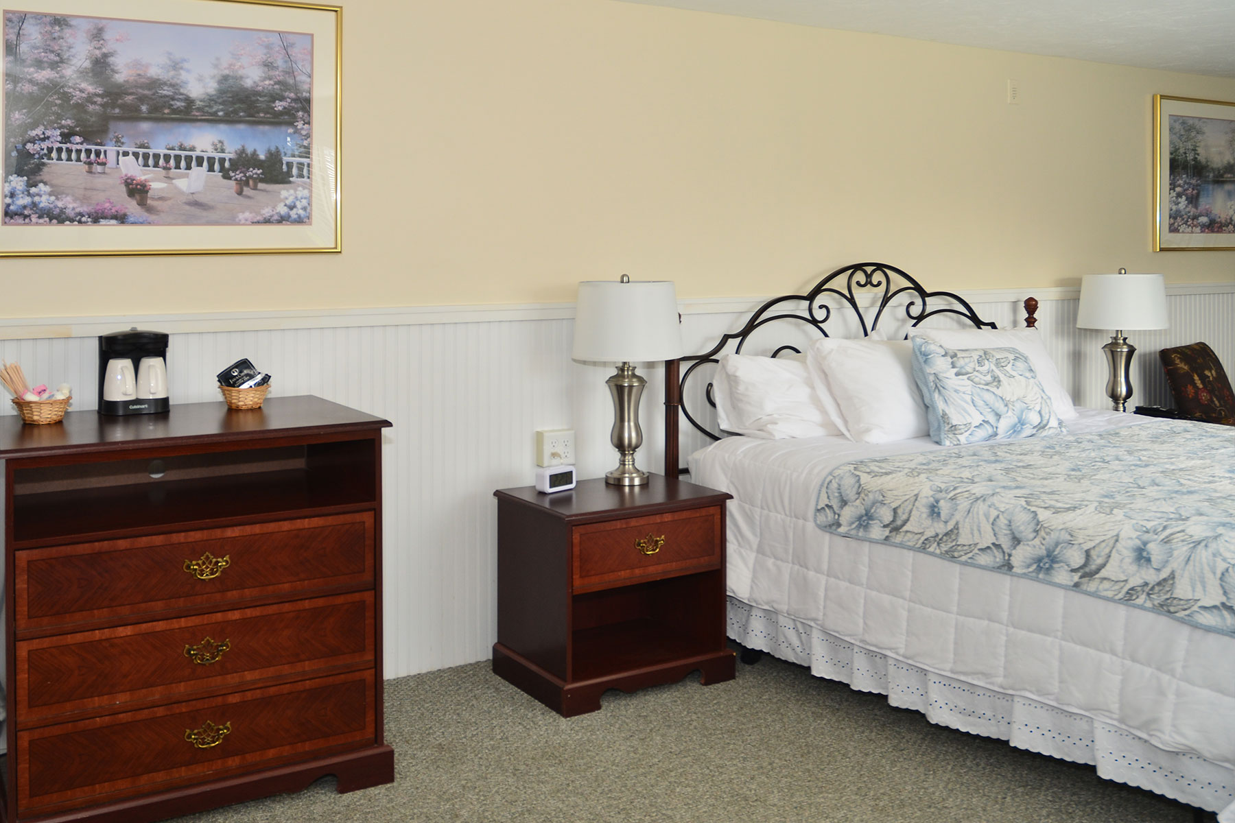 Cape Cod Hotel Suite
